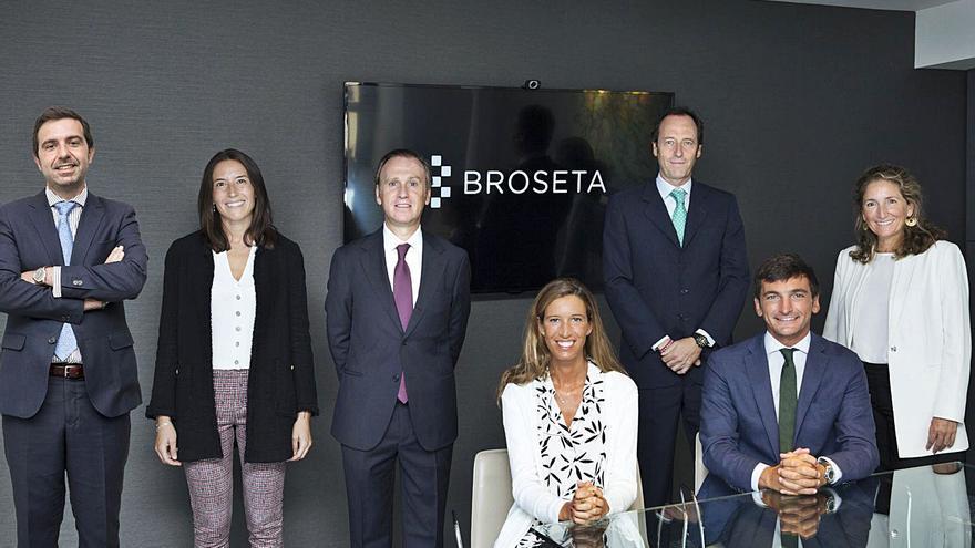 Broseta refuerza su práctica mercantil con 6 profesionales