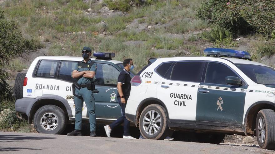 Finge ser un guardia civil, roba un coche y huye a toda velocidad de Gallur a Zaragoza