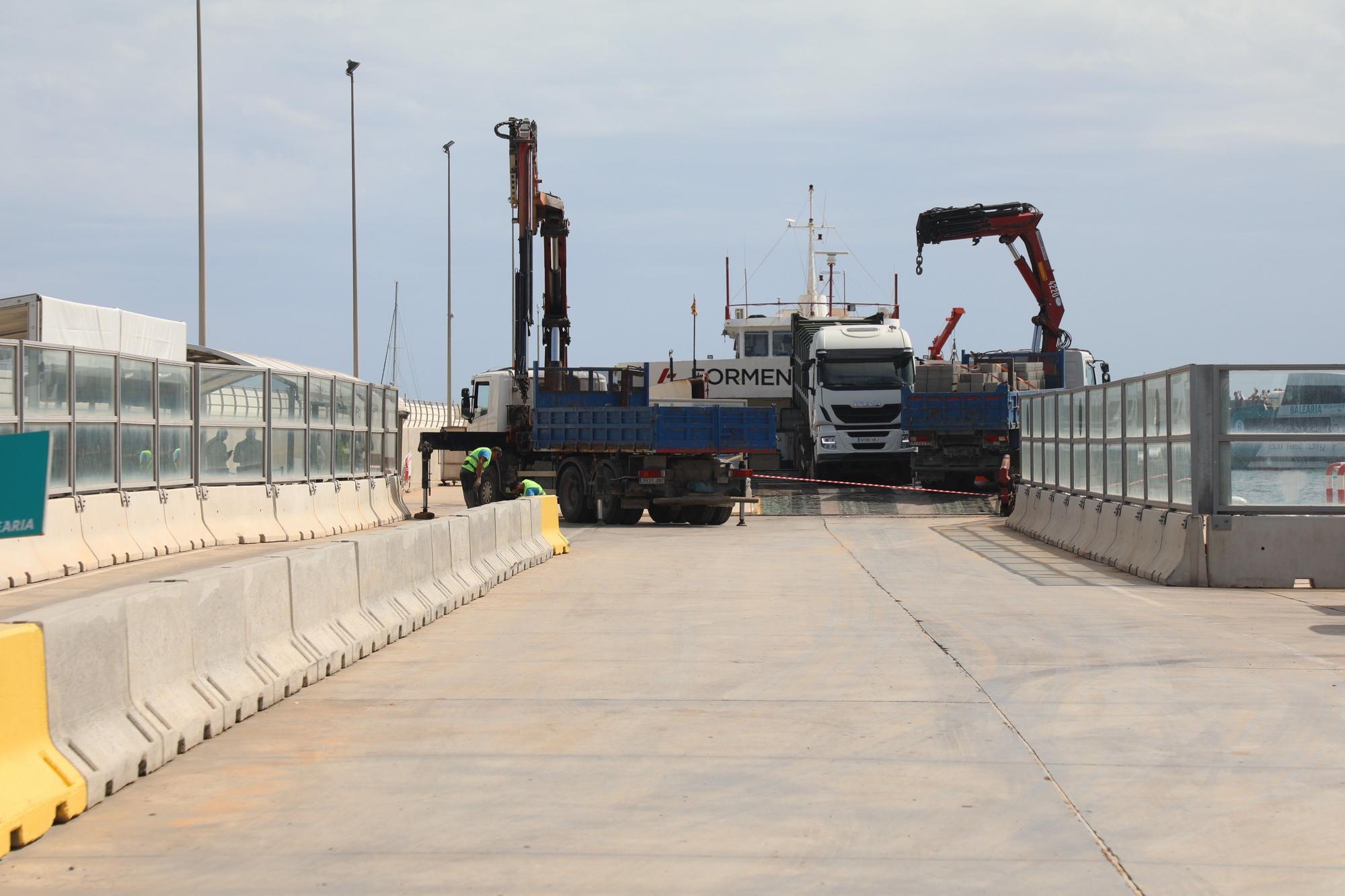 Cerrado el puerto de Formentera al tráfico rodado