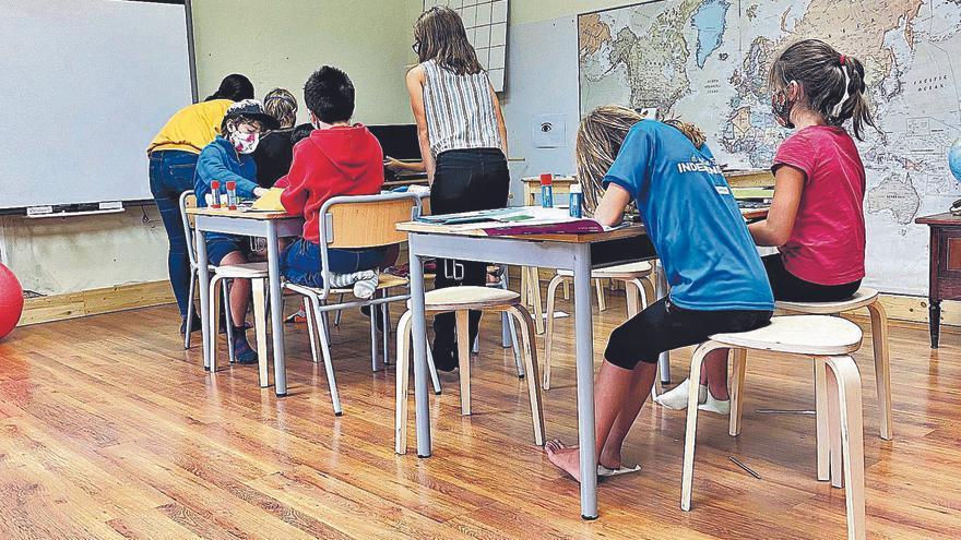 Maestras valencianas al rescate de la escuela rural en Cataluña