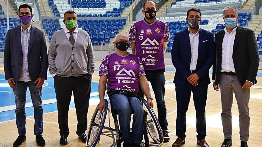 Xavi Escuder: «Poder seguir jugando no tiene palabras»