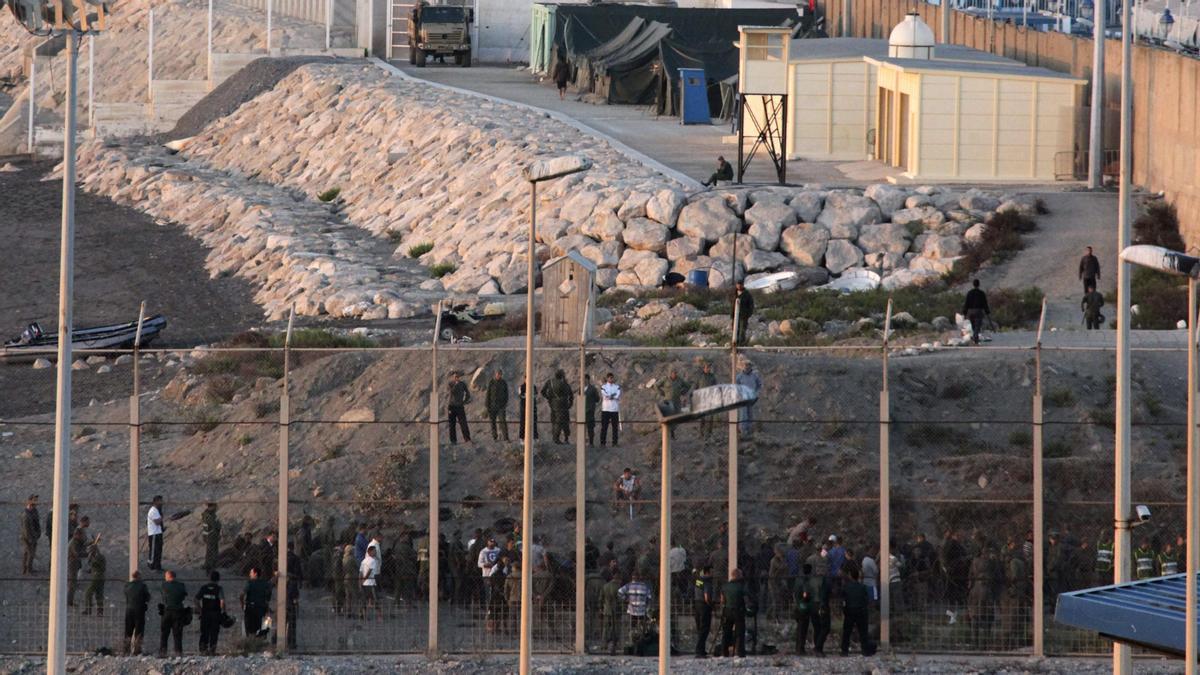 Una imagen de la valla de Ceuta.