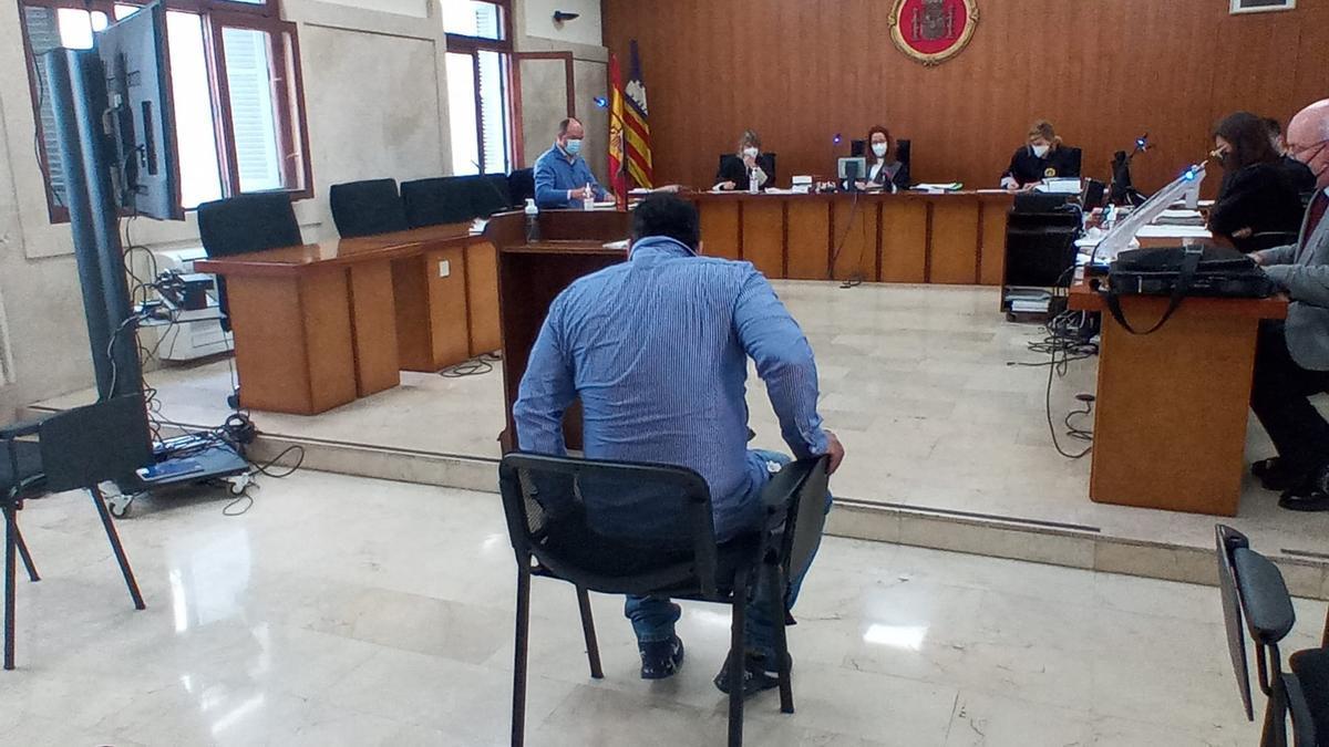 Acepta dos años de cárcel por abusar de sobrina de 13 años en su domicilio de Palma