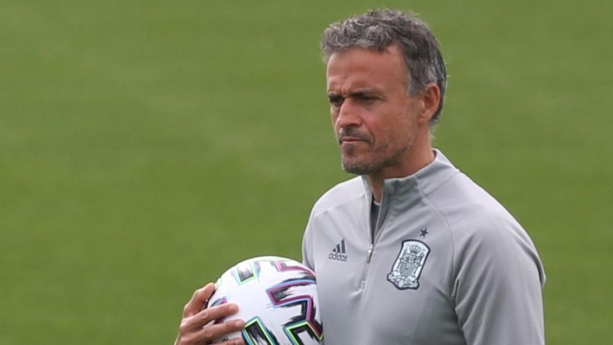 """Luis Enrique: """"Suiza será un rival muy complicado, de los mejores bloques de la Eurocopa"""""""
