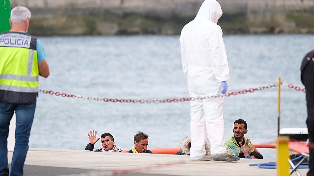 Inmigrantes llegados a Canarias días atrás.