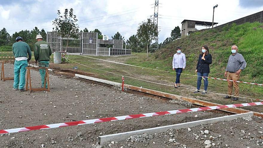 Pazos de Borbén estrenará antes de fin de año su primera pista de pádel