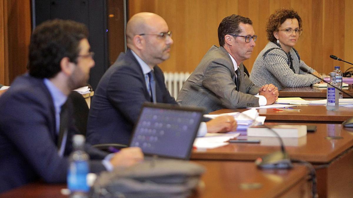 Juicio sobre la titularidad del pazo de Meirás, con los abogados del Estado al fondo.