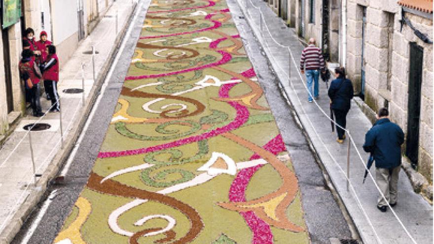 Ponteareas reclama de nuevo la declaración de Bien de Interés Cultural para sus alfombras de flores