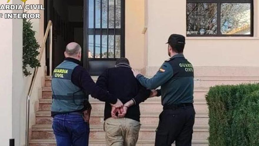 Capturan en Calp a un ladrón de casas con 21 identidades