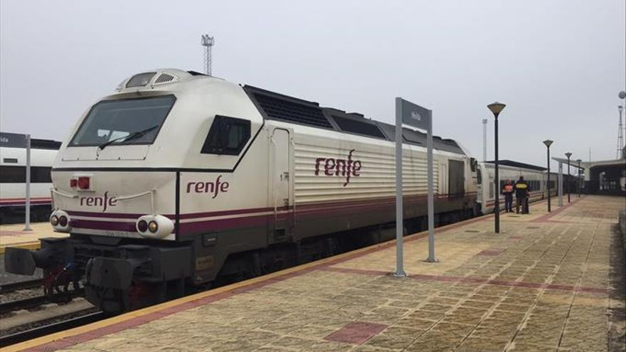 Proponen prolongar el talgo Madrid-Badajoz hasta Lisboa