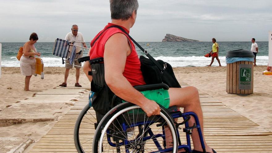 Benidorm quiere convertirse en el destino de sol y playa más accesible del país.