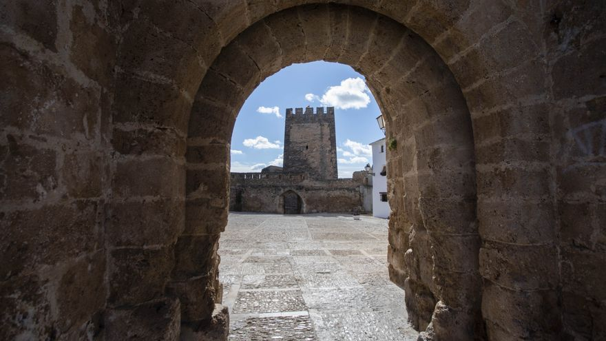 El Castillo de Buñol se convierte en epicentro de la literatura valenciana del siglo XXI