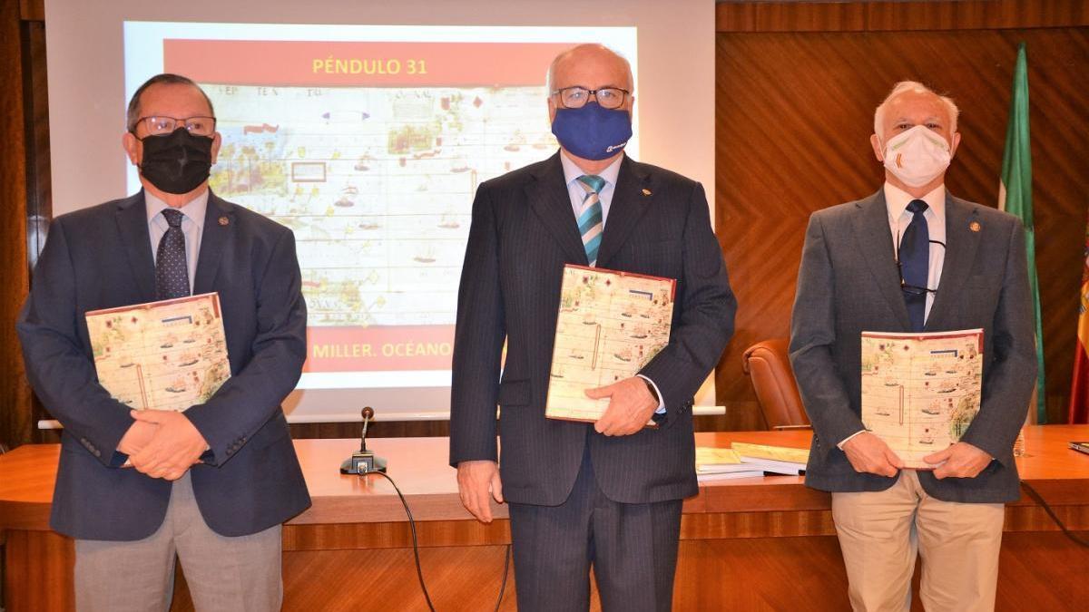 Presentación de Péndulo con el secretario del colegio, Francisco Bravo Lavado; el decano, José Zayas López; y el director de la revista, Manuel Olmedo Checa.