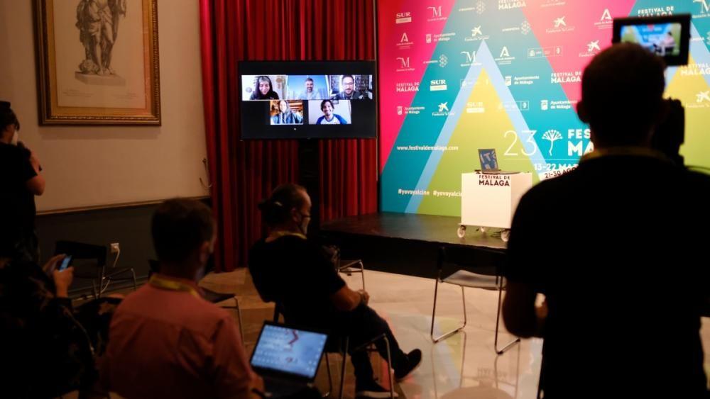 Presentación virtual de la película 'Piola', del chileno Luis Alejandro Pérez.