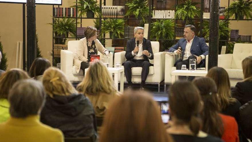 López Otín lidera las ventas en una edición de Libroviedo que igualó las 70.000 visitas de 2018