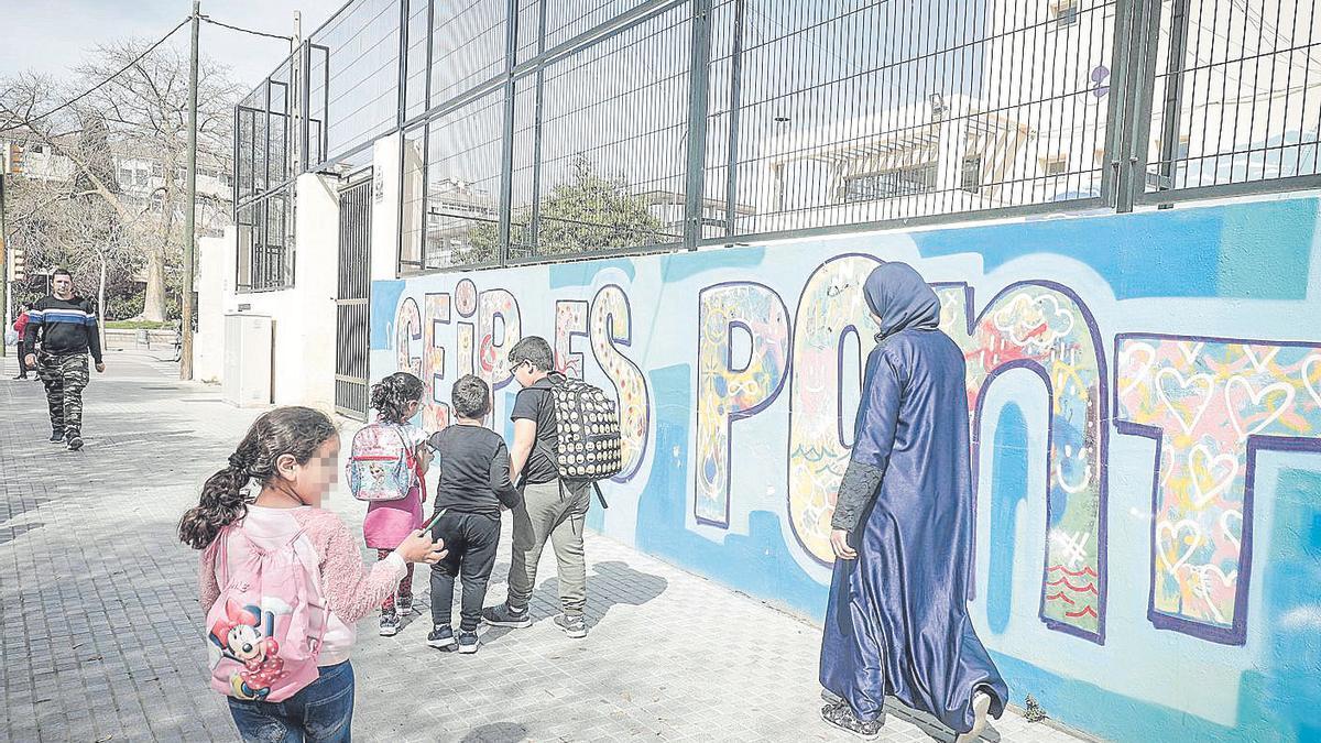 Alumnos en el colegio Es Pont el viernes 13 de marzo, el último antes del cierre escolar.