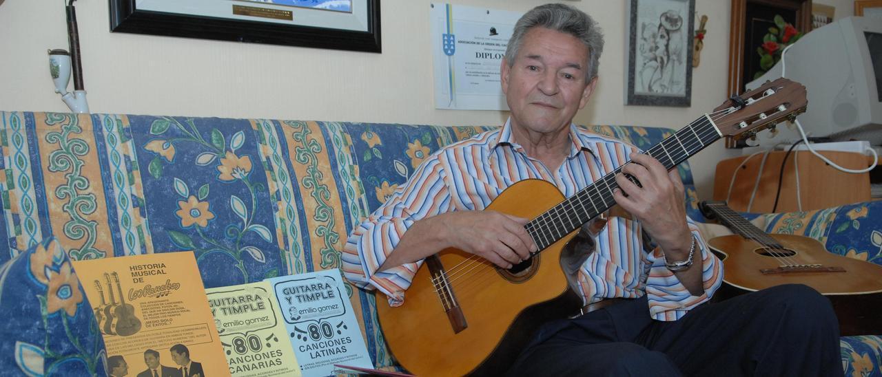 Emilio Gómez en su domicilio en una imagen de 2009