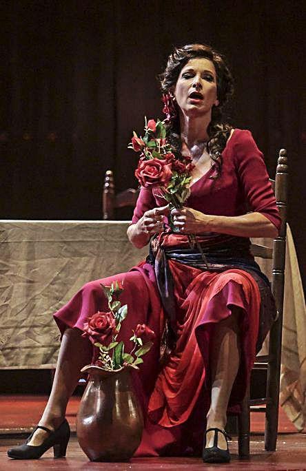 Soleá, interpretada por la  soprano alemana Nicola Beller Carbone.