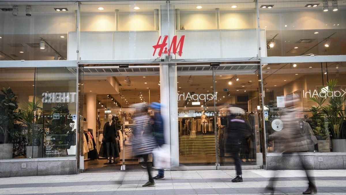 Las ventas de H&M bajaron el 19,6% en su ejercicio fiscal por la pandemia