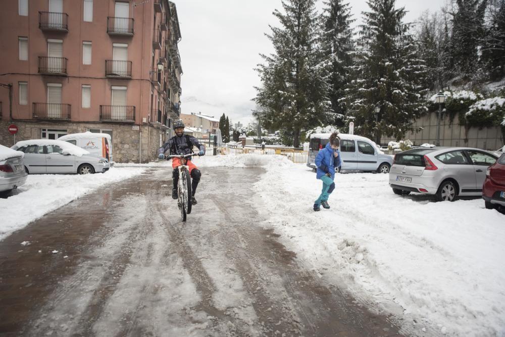 Fotos de la nevada a la Catalunya Central