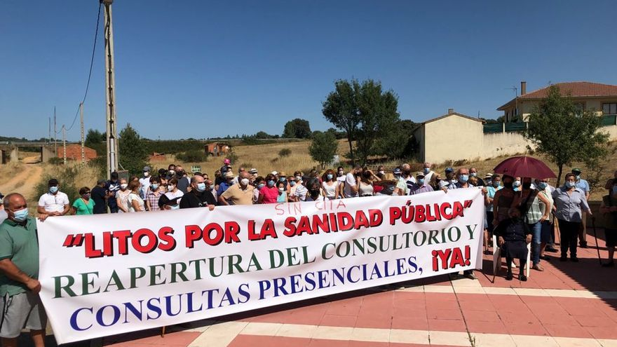 Litos, el pueblo zamorano que lleva diez semanas manifestándose por una sanidad rural digna