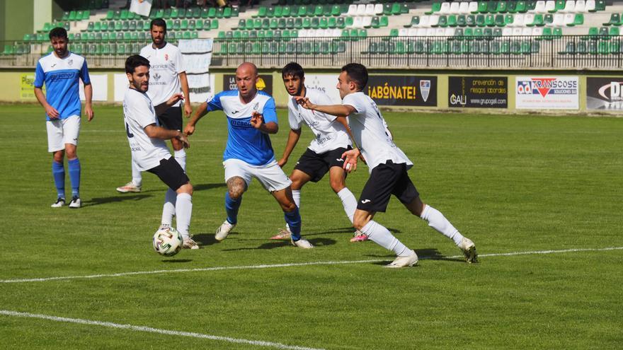 El Villaralbo no remonta en Segovia  y concluye la temporada