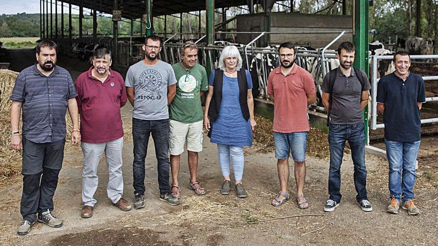 «Un 25% dels catalans ha de comprar per força llet que no és de proximitat»