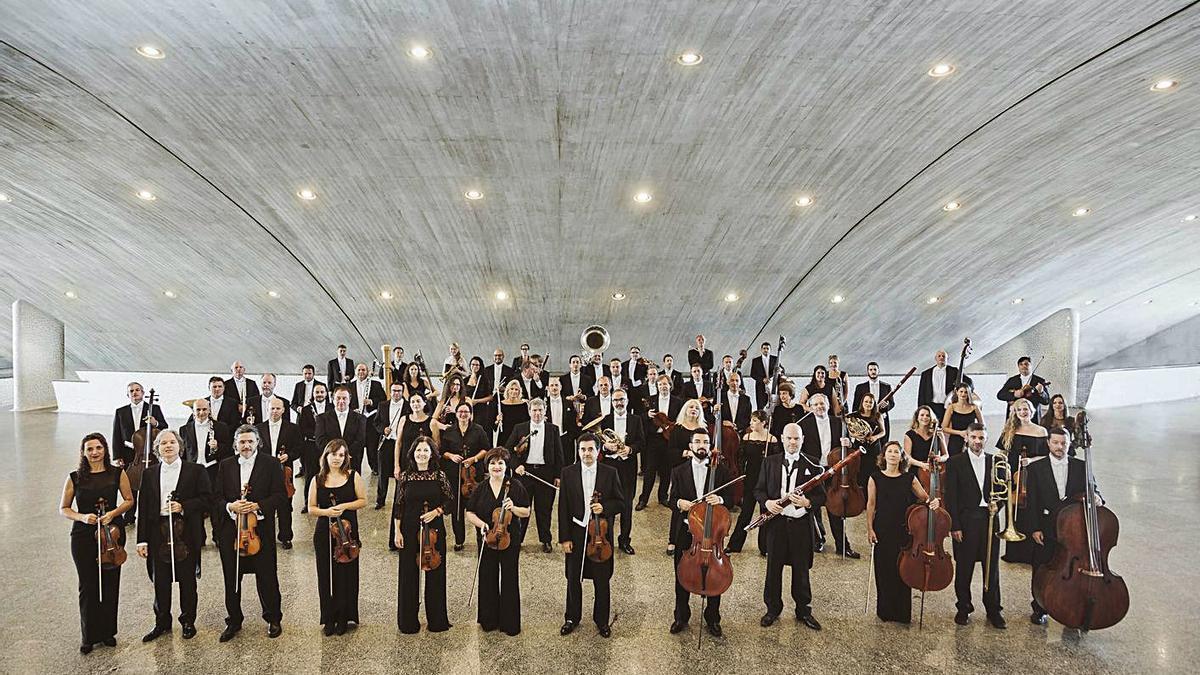 La Orquesta Sinfónica de Tenerife.