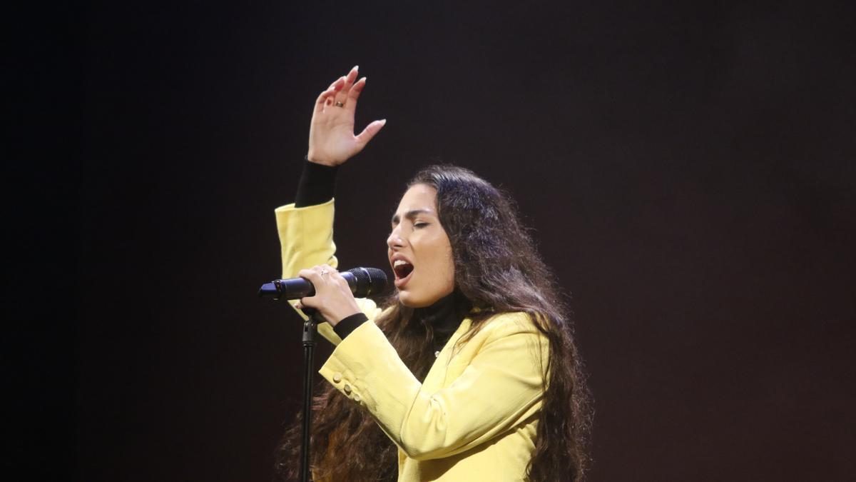María José Llergo, durante una actuación.