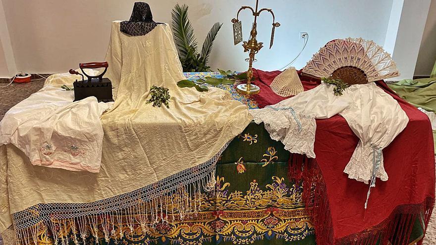 Historia y tradición de Petrés a través de la «roba de caixa»