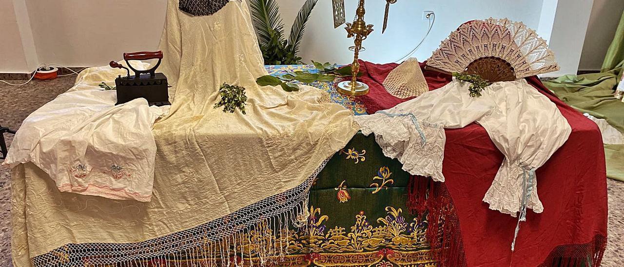 Historia y tradición de Petrés a través de la «roba de caixa»   N.C.