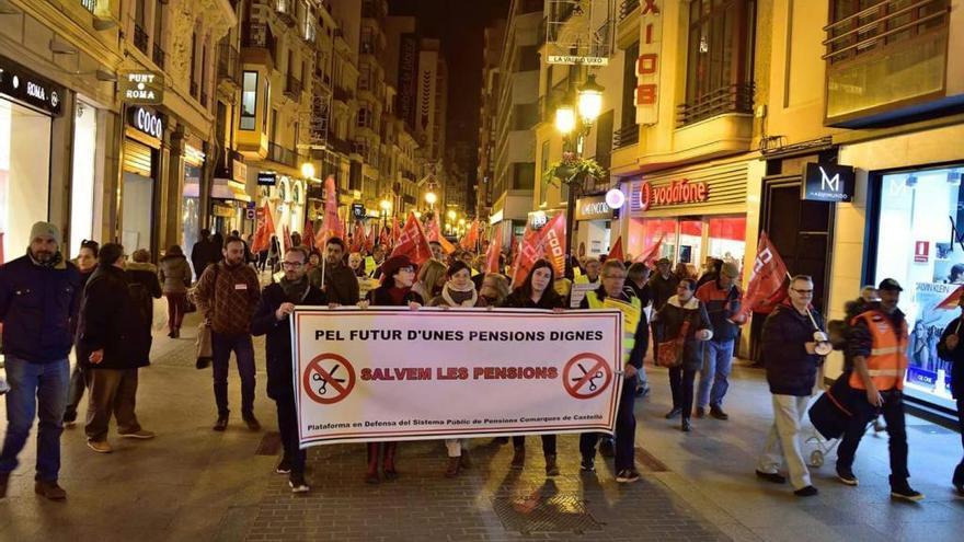 Los pensionistas de Castelló cobran 104 euros menos que la media estatal