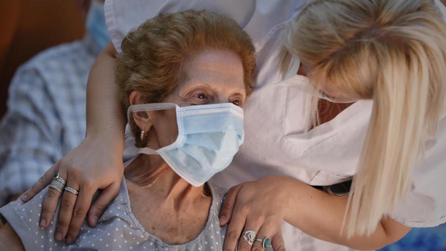 Hasta 20.656 mayores usuarios de residencias han muerto por el virus