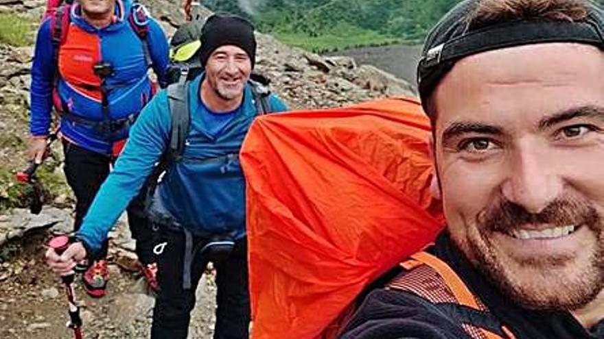 Tres vecinos de Potries alcanzan la cima del Montblanc  en los Alpes