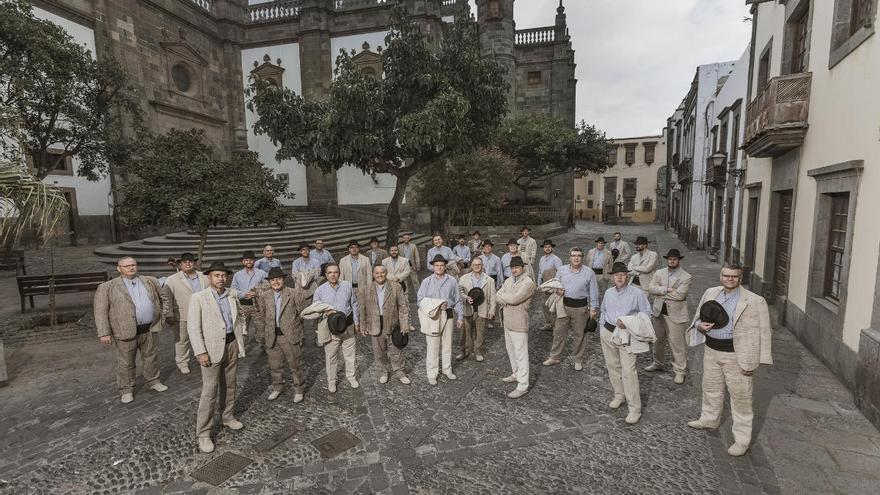 Los Gofiones presentan en Santa Ana «Mixtura», un recorrido por la música de toda la vida