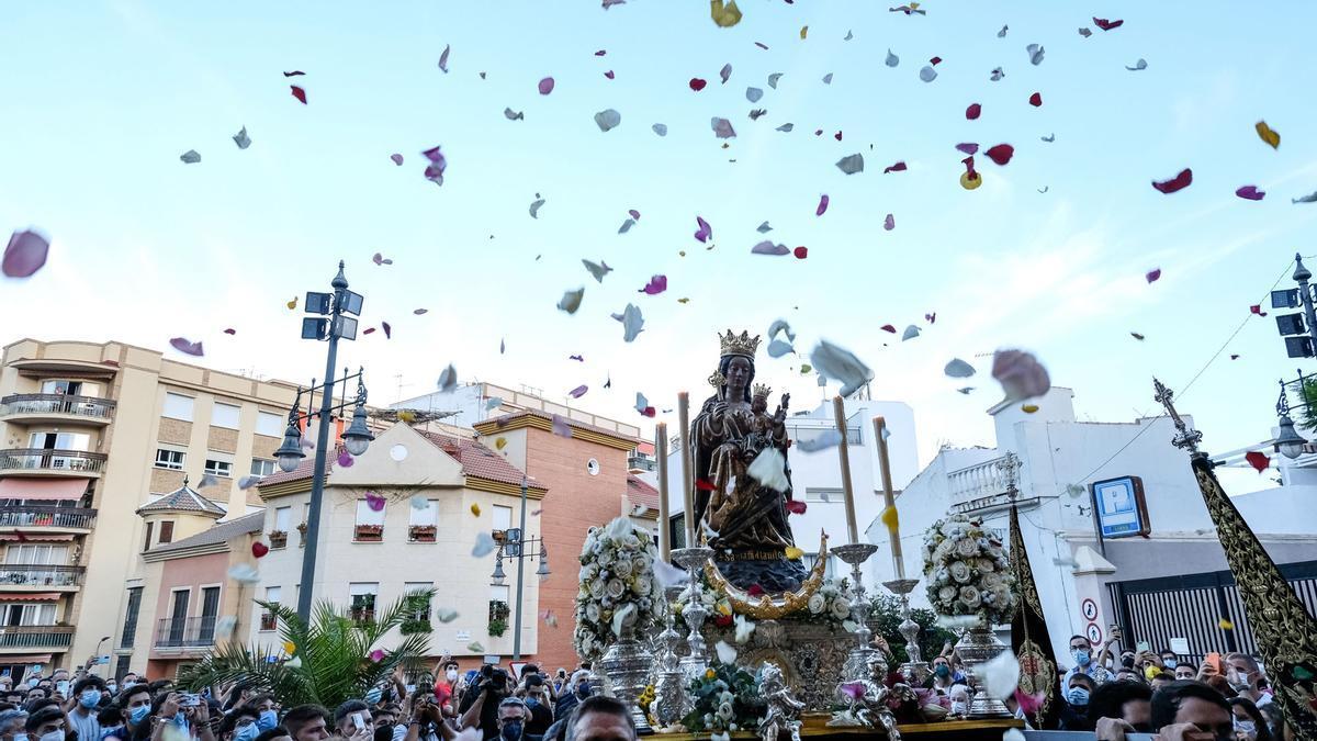 Traslado de la Virgen de la Victoria desde la Catedral de Málaga, este pasado sábado.