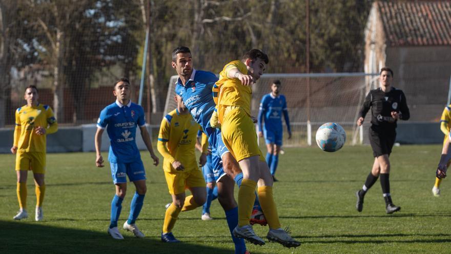El Villaralbo deja escapar los tres puntos en el minuto 89