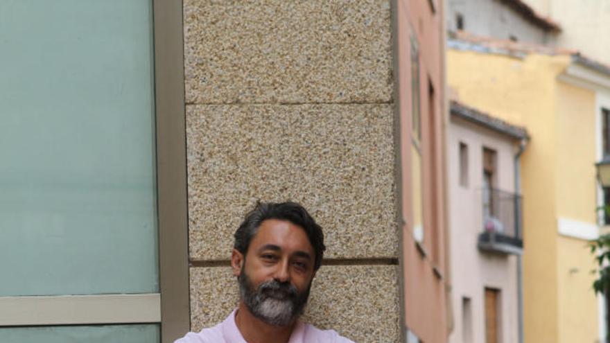 Juan Luis Calbarro instantes antes de la presentación.