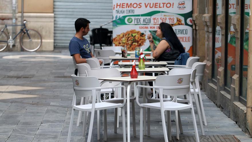 Málaga y 20 municipios más abren este sábado su actividad no esencial