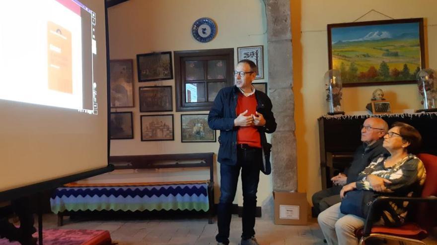 Jordi Font explica els objectius del Memorial Democràtic