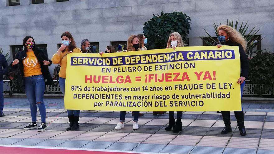 Un 90% de trajadores temporales del Gobierno de Canarias secunda la  primera jornada de huelga