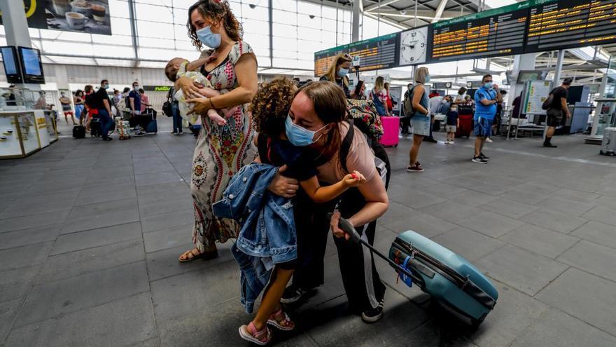 """Renfe triplica su servicio de Alta velocidad  y Larga distancia con la """"nueva normalidad"""""""