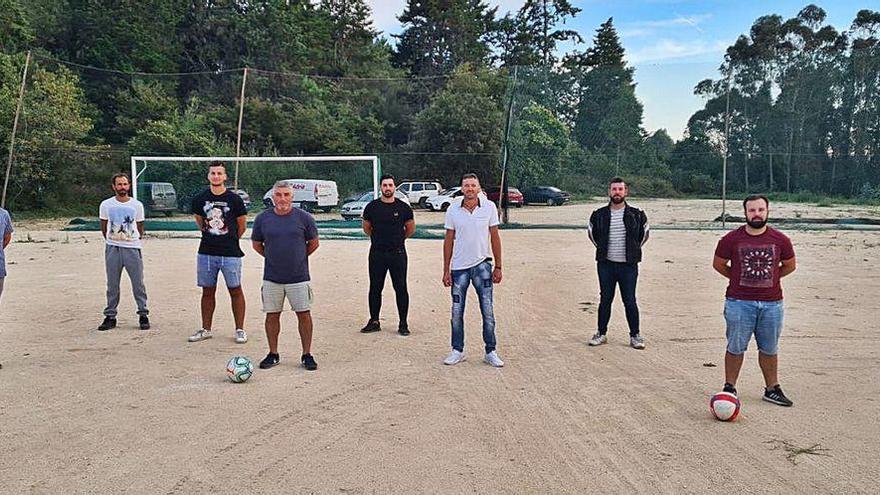 Couso recupera su campo de fútbol 34 años después