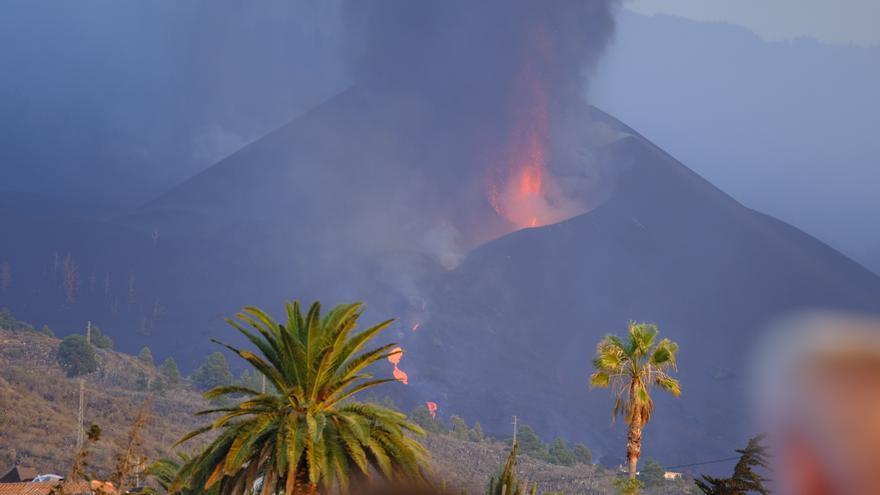 El volcán y las personas