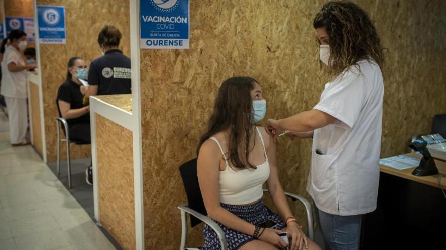 """""""Las fichas de las vacunas pueden cambiar si se registran más alteraciones menstruales"""""""