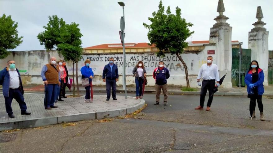 Torrejimeno promete abordar con los vecinos del Distrito Sur el proyecto para San Eulogio
