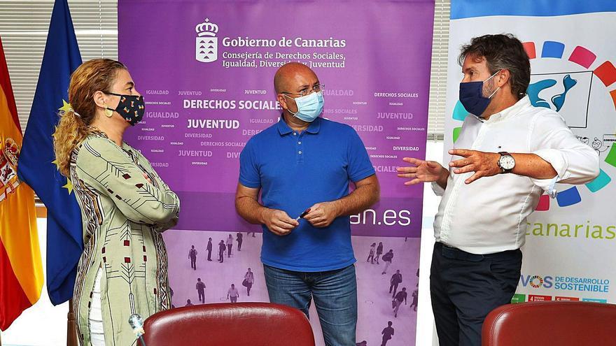 La pobreza y la exclusión social atenazan a dos de cada seis personas en Canarias