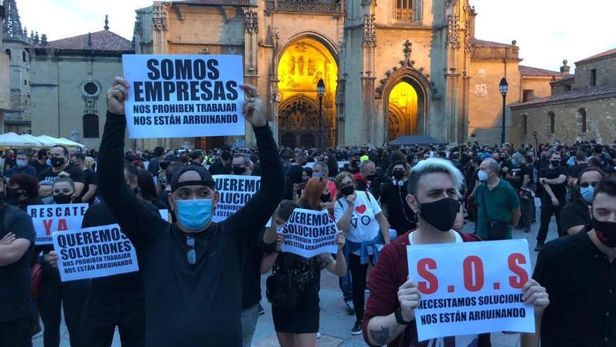 Los trabajadores del espectáculo y los eventos piden en Oviedo ayudas para su sector