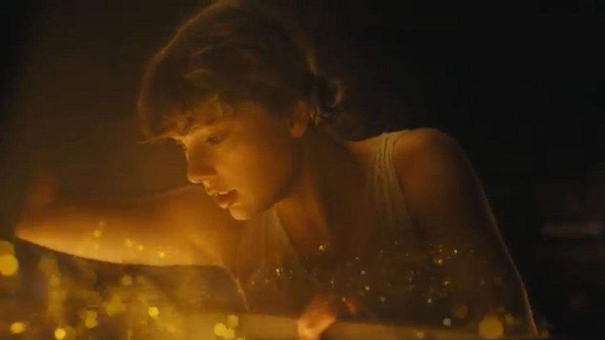 Taylor Swift enamora con las letras y la sencillez de 'Folklore'