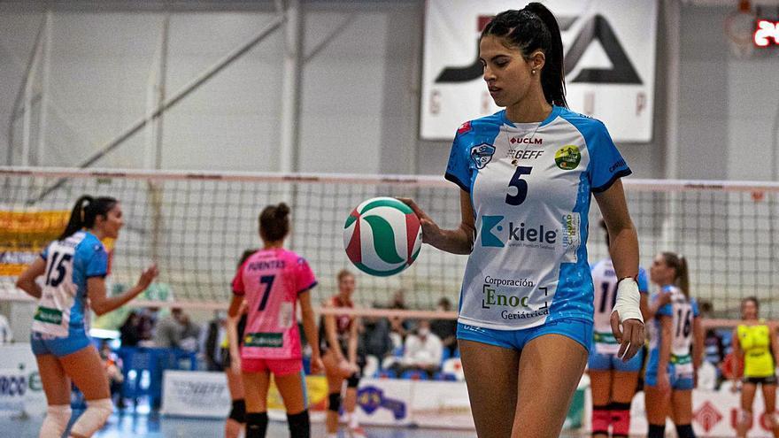 Paola Martínez Vela afronta en el CV Haris un nuevo reto en su carrera